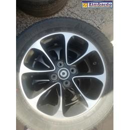 Cerchi in lega completi di pneumatici Smart ForFour